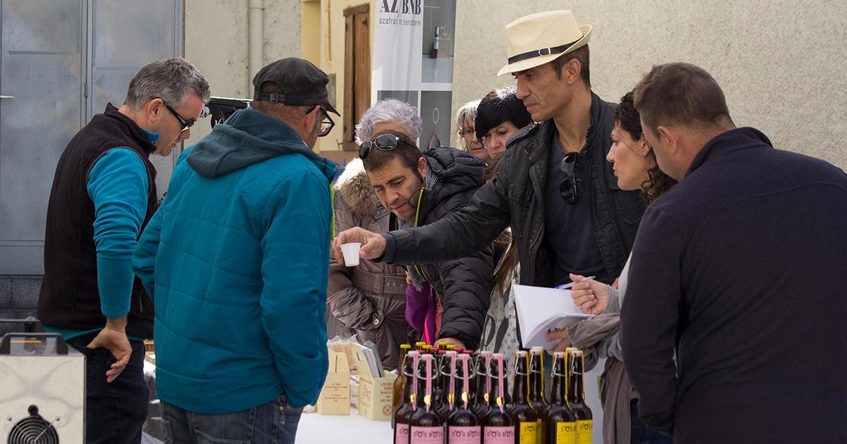 Animación y cocina en las calles de Villanúa